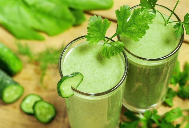 napój zielony ogórek